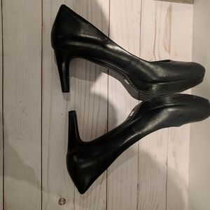Rockport woman shoes